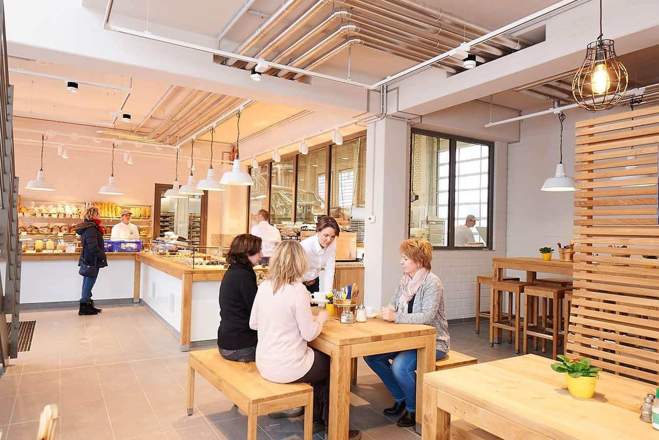 Zeit für gutes Brot - die gläserne Backstube von Bäckerei Bahde